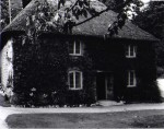 Lanhydrock_Thatched_Cottage.jpeg